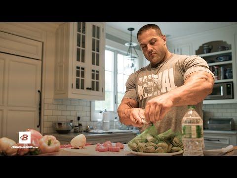 How IFBB Pro Evan Centopani Eats to Build Muscle | Iron Intelligence Training Program