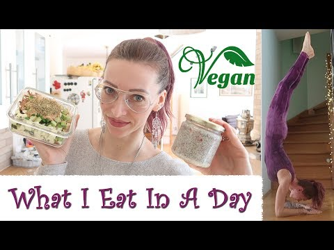 What I Eat In A Day VEGAN 🌱 Workout, Macros and Recipes 🌱 4/2019