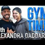 Baywatch Abs with Alexandra Daddario | Gym Time w/ Zac Efron