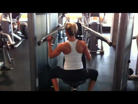 Female Fitness Model Workout – Shoulder Exercises For Women