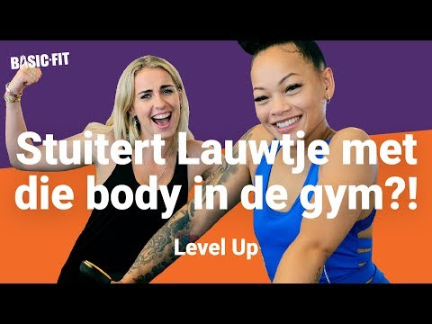 LAUWTJE verliefd op haar PERSONAL TRAINER?! | Level Up